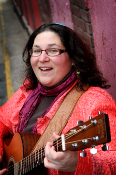 minna bromberg, songwriter, rabbi, voice-finder